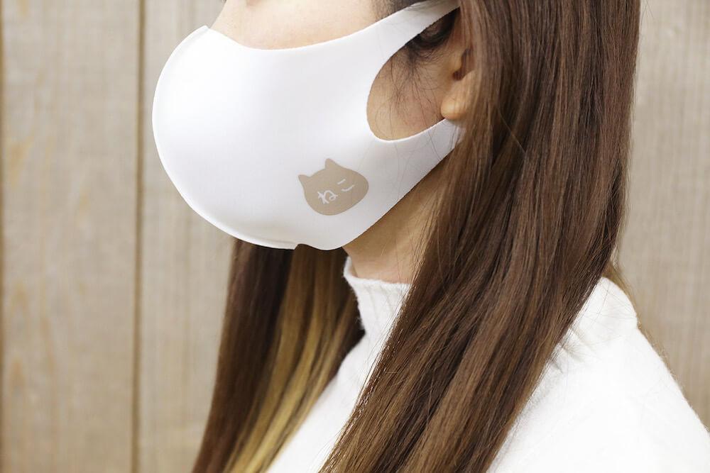 ねこねこ食パンマスク装着イメージ