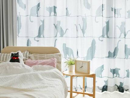 たっぷりのネコと光で部屋が明るくなる!猫のシルエット柄レースカーテン「ミャウミャウ」