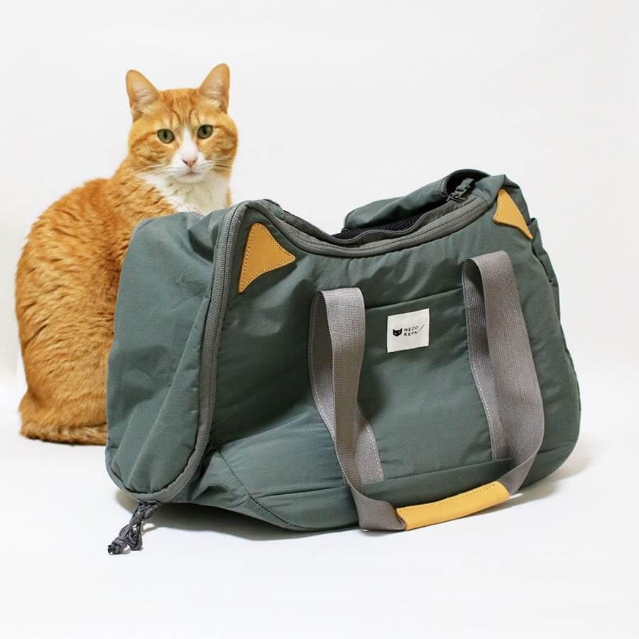 猫を運べるキャリーバッグとしても使える2WAYバッグ「CAT 2WAY BOSTON BAG」