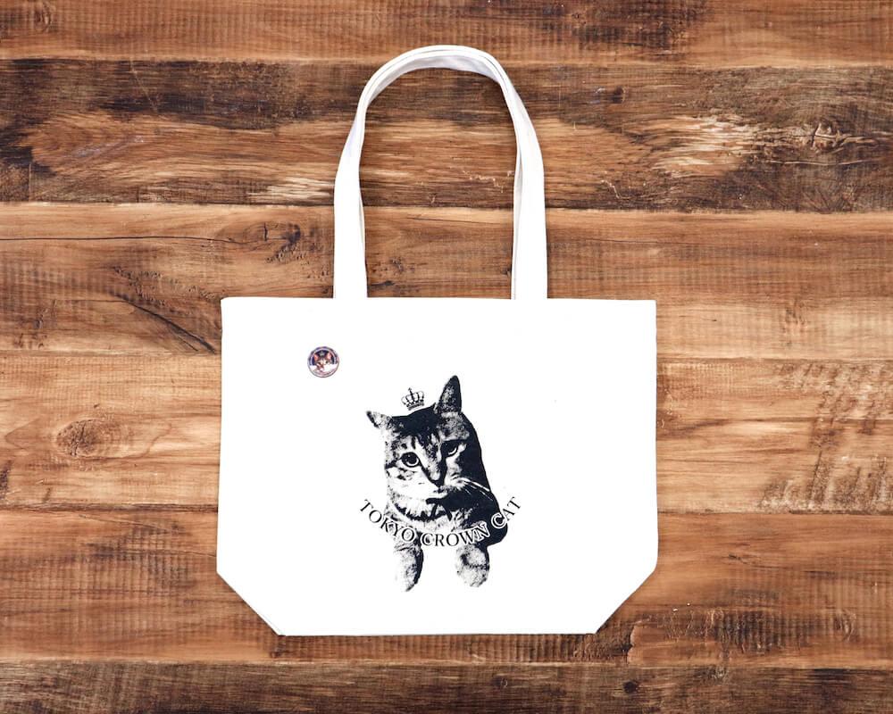 TOKYO CROWN CATのマスコットキャラクターがデザインされたトートバッグ