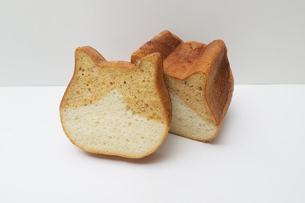 ねこねこ食パン にゃらん by 東京ねこねこ