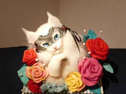 フレディ・マーキュリーの愛猫もリアルに再現!羊毛フェルト作家・熊木早苗さんの個展が開催中