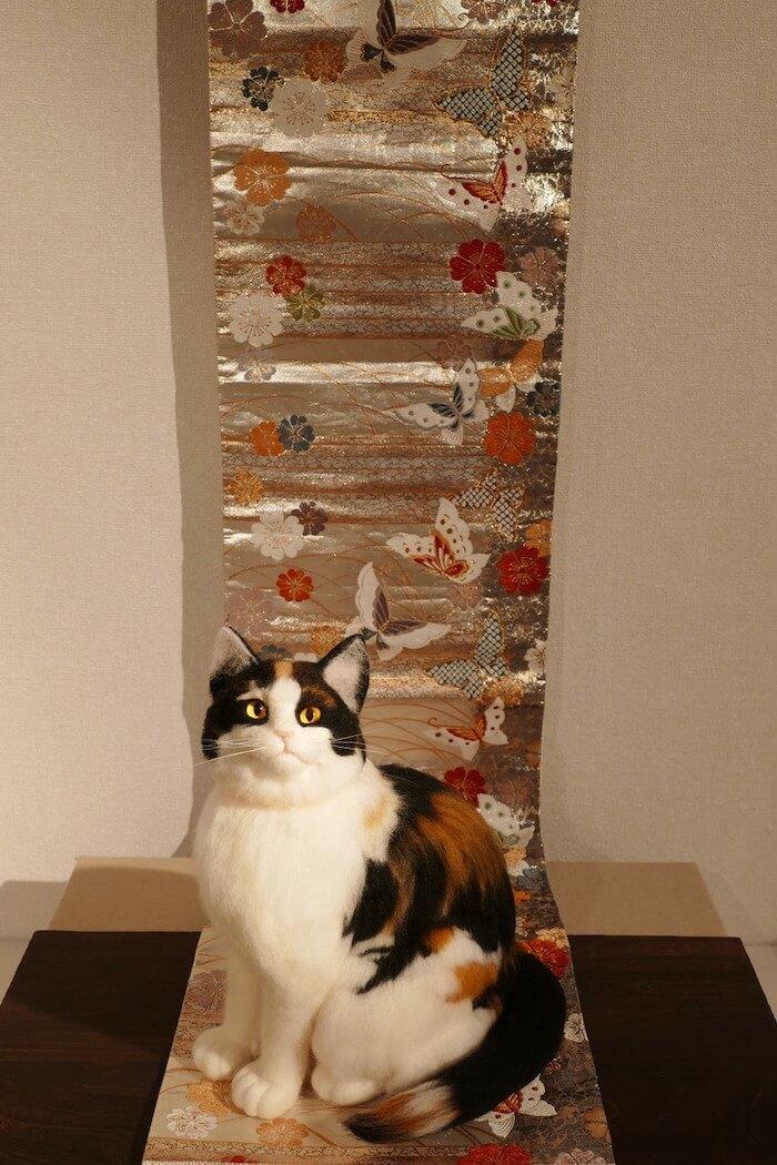 羊毛フェルトで作ったフレディ・マーキュリーの愛猫「三毛猫 ディライラ」の作品イメージ by 熊木早苗