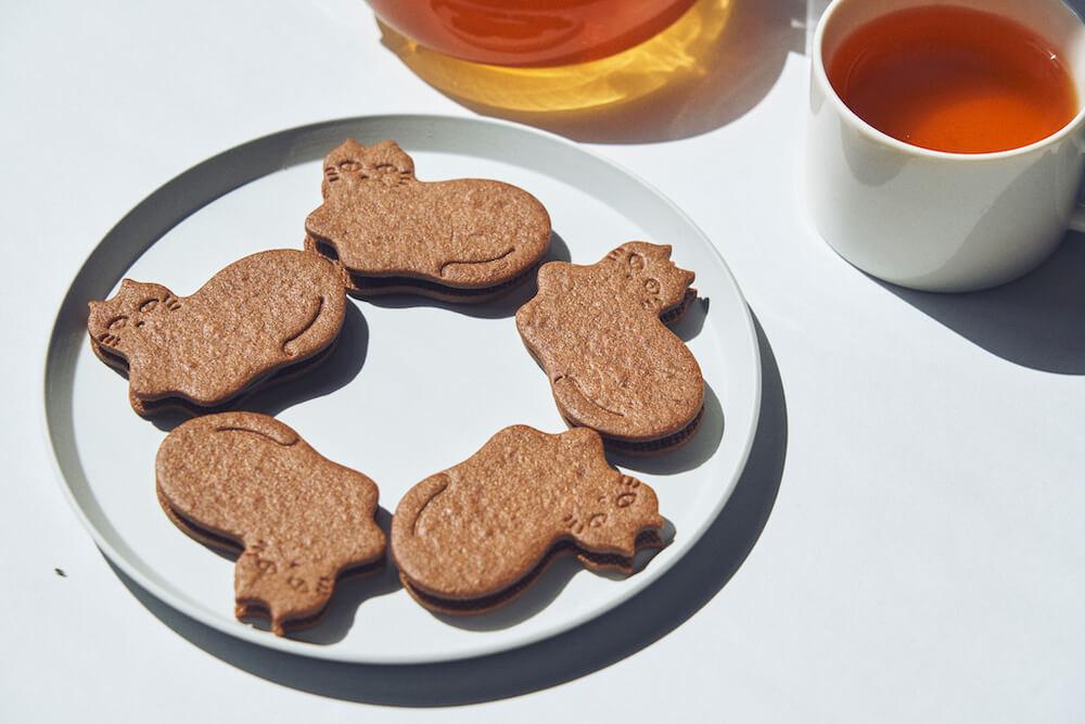 猫の形をしたチョコミントサンドクッキー「My favorite Mint chocolate Cookie」