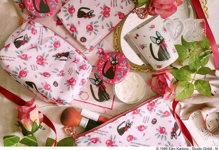 黒猫ジジと薔薇デザインで統一された「OKUROSE」シリーズ商品 by どんぐり共和国