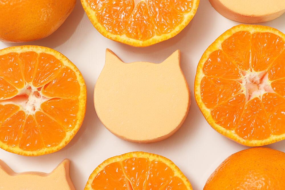 オレンジ味のバスク風チーズケーキ「にゃんチーみかん」製品イメージ by ねこねこチーズケーキ