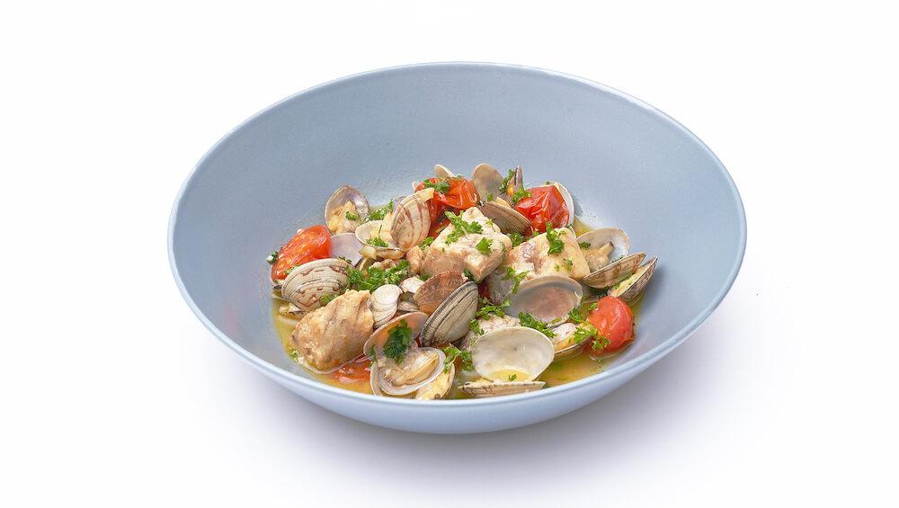 ほうぼうのアクアパッツァ by フードロスを削減する魚の水煮缶詰「NEKOKAN(ねこかん)」の調理例