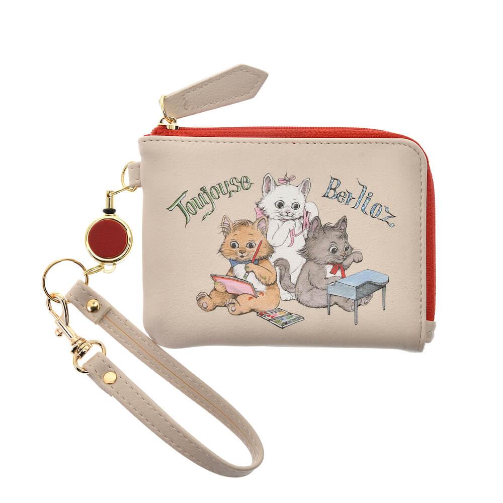 ヒグチユウコが描く「おしゃれキャット、マリー・ベルリオーズ・トゥルーズ」の定期入れ・パスケース