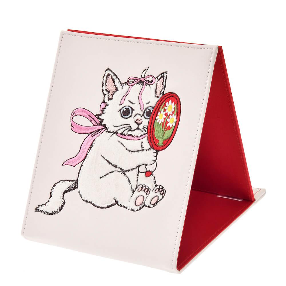 ヒグチユウコが描く「おしゃれキャットマリー」のミラー・鏡 折りたたみ式