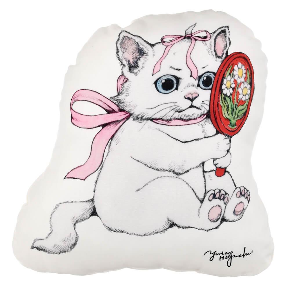 ヒグチユウコが描く「おしゃれキャットマリー」のクッション