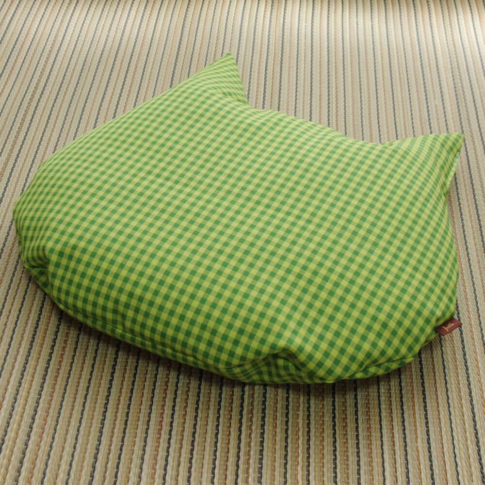 猫用の羽毛座布団「猫のしあわせ座布団」グリーンチェックカラー