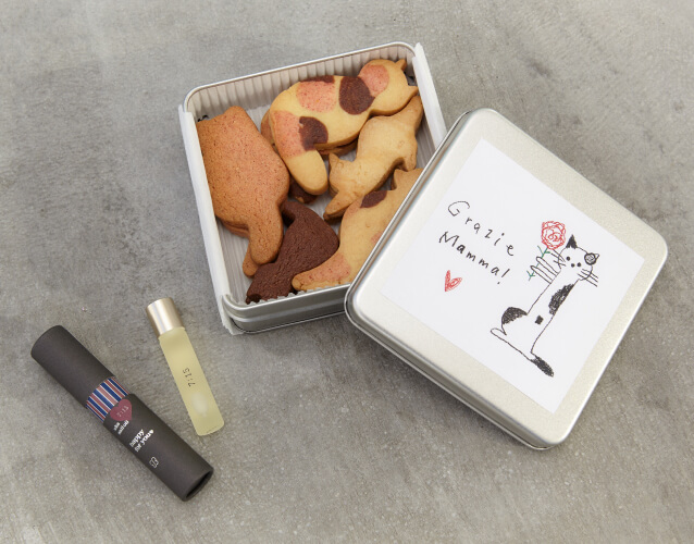 ukafe(ウカフェ)の三毛猫クッキー「母の日限定フレーバー」