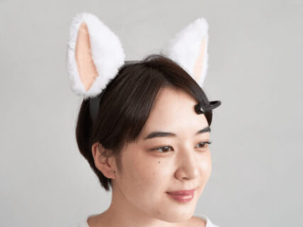脳波を読み取って耳が動く!ネコミミ型のカチューシャ「necomimi」が10年ぶりに2号機を公開