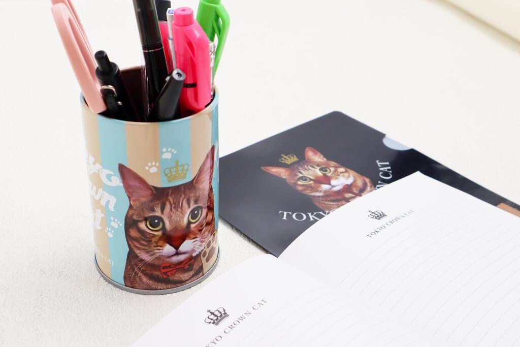 食べた後はペン立てとしても再利用できる「にくきゅうグミ」の缶容器 by TOKYO CROWN CAT