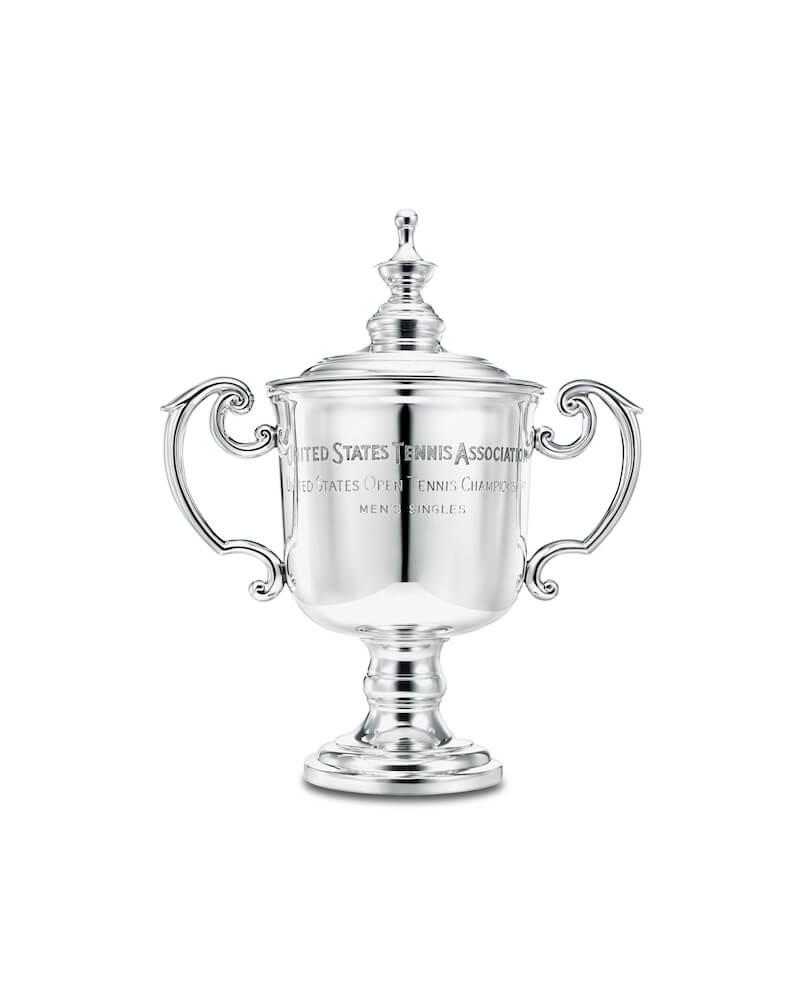テニスの全米オープンで男女シングルスの優勝者に贈られる「USオープン・トロフィー」 by ティファニー