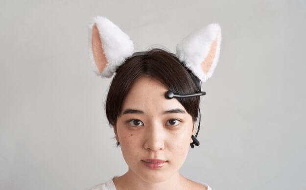 脳波で猫耳が動くカチューシャ「necomimi(ネコミミ)」を身に着けたイメージ