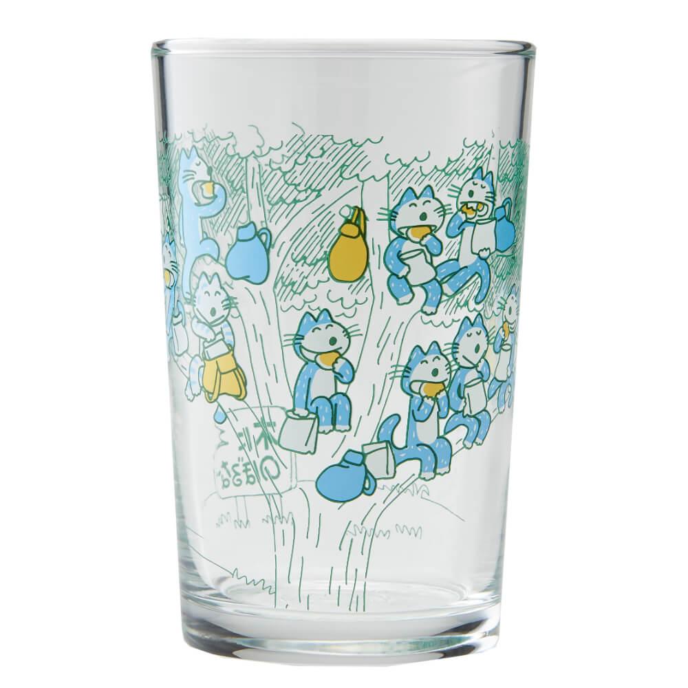 「11ぴきのねこ ふくろのなか」のイラストがデザインされたグラス