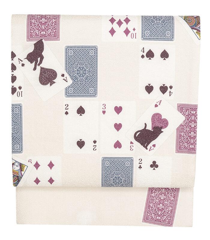 トランプの柄と猫を組み合わせた京袋帯「トランプ:象牙色」製品イメージ