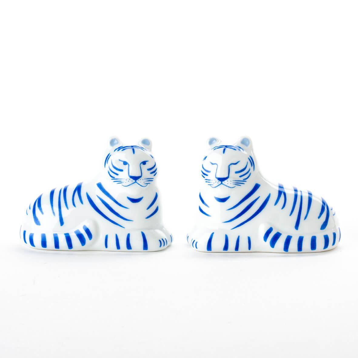 虎の置物「にっぽんのとらセット(あおい)」 by リサ・ラーソン