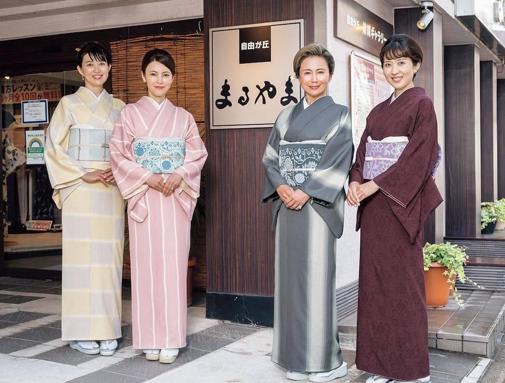 着物モデルとして登場するシンガーソングライターの中村あゆみさん