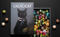 今度は優雅な黒猫デザイン!チョコレートブランドの「カカオキャット」から新作パッケージが登場