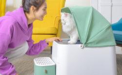 ベビーカーのような可愛い自動猫トイレ『プルートスクエア』が日本に初上陸!猫の体重もアプリで確認