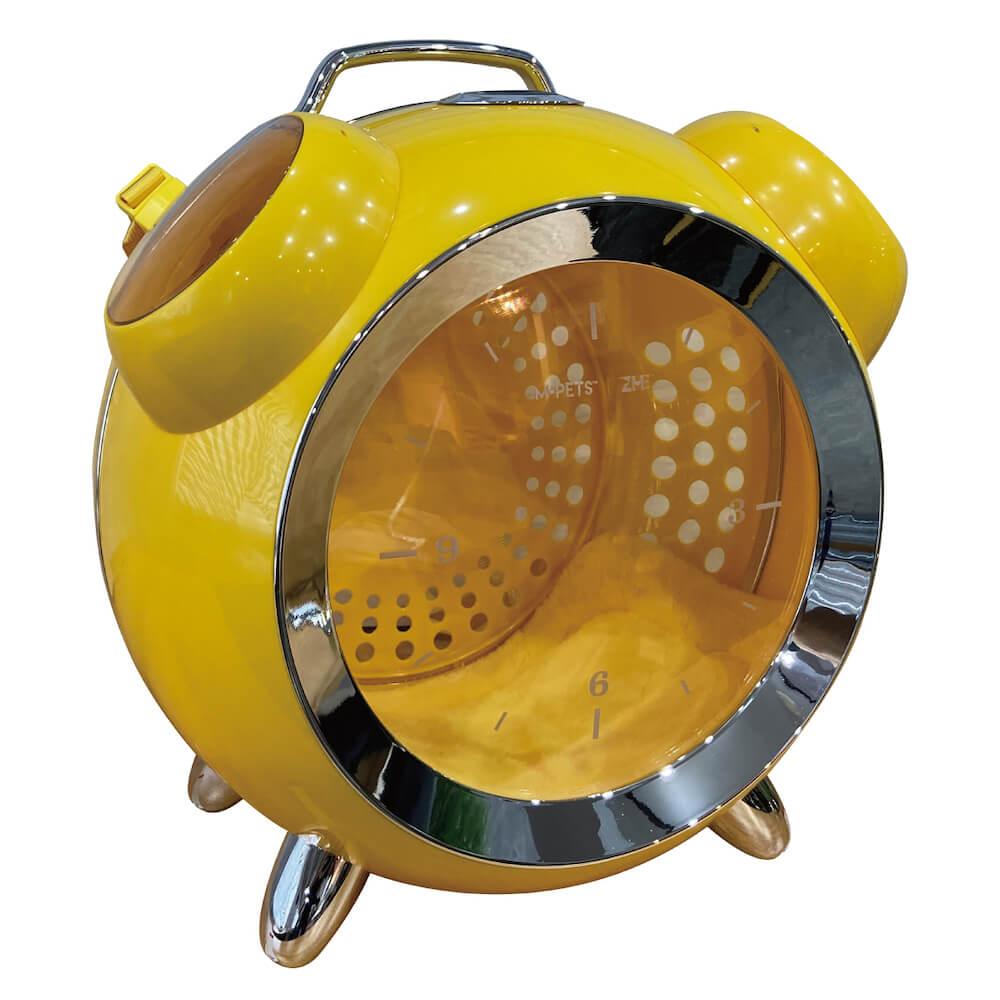 目覚まし時計型のペット用リュックキャリー「カプセルペット」イエローカラー